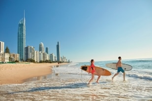Paradis des surfeurs, Gold Coast, Queensland © Tourism Australia