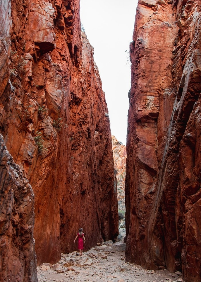 Ellery Creek Big Hole, West MacDonnell Ranges, Centre Rouge, Territoire du Nord. © Tourism NT