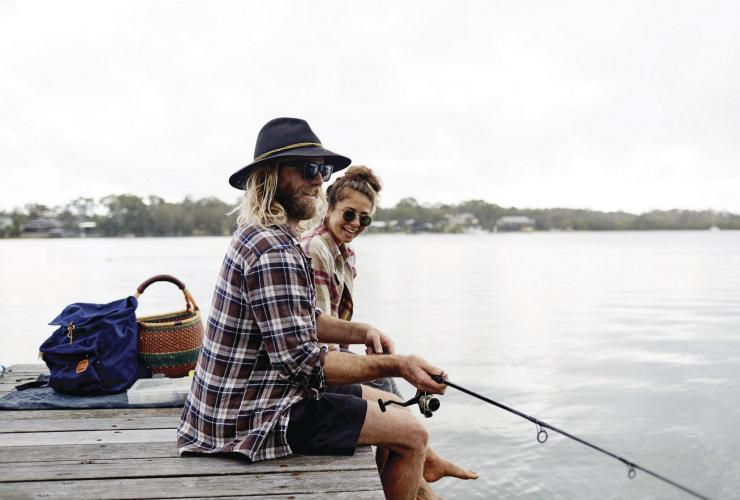 Fishing, Noosaville, QLD. © Tourism and Events Queensland, Ming Nomchong