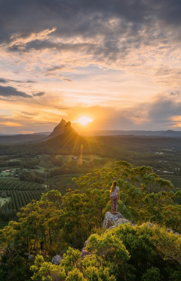 Glass House Mountains, Sunshine Coast, QLD © Tourism and Events Queensland