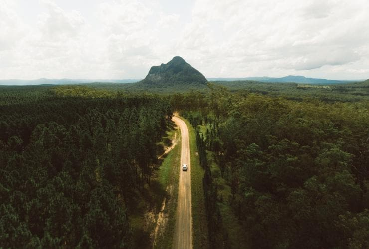 Glass House Mountains, Sunshine Coast, QLD © Tourism & Events Queensland