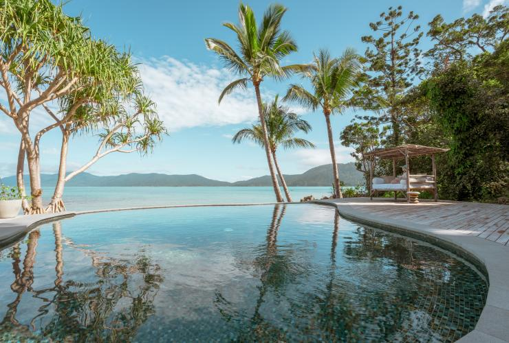 Pemandangan samudra dari area kolam renang Elysian Retreat di Whitsunday Islands © Elysian Retreat/Nathan White