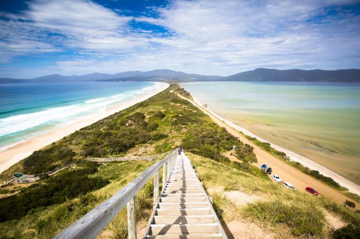 Neck Beach, Bruny Island, TAS © Tourism Tasmania