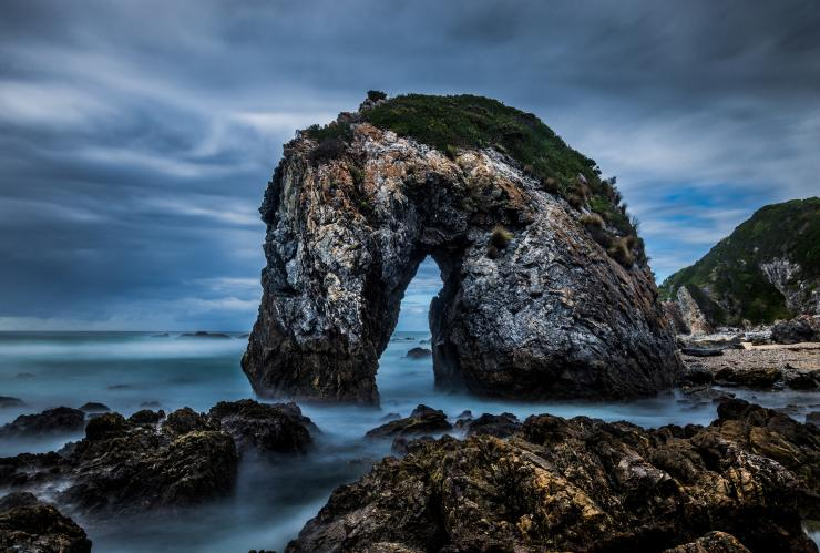 Horse Head Rock di Sapphire Coast, Merimbula, NSW © Destination NSW