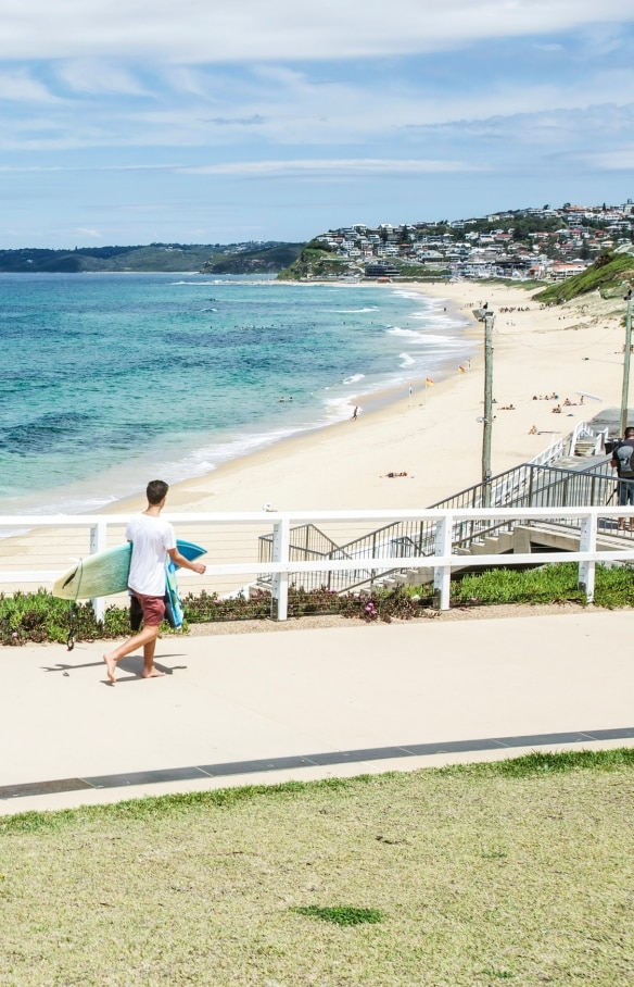 Merewether Beach, Newcastle, NSW © Tourism Australia