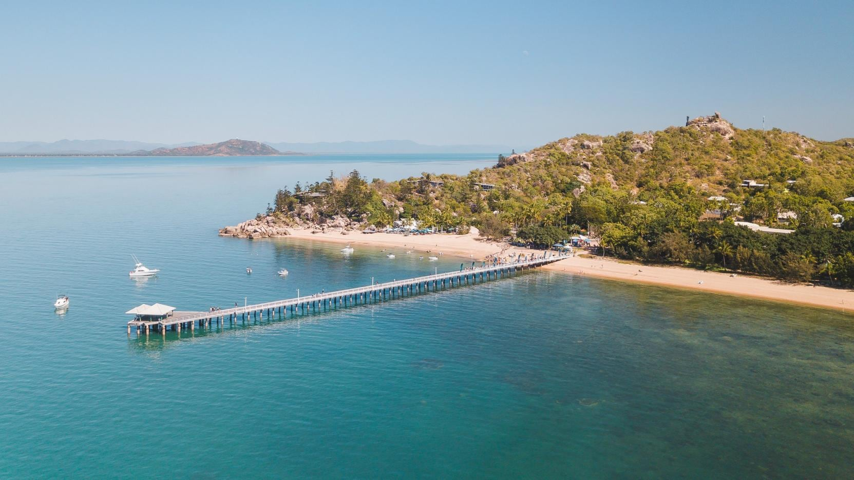 Picnic Bay, Magnetic Island, QLD © Tourism and Events Queensland