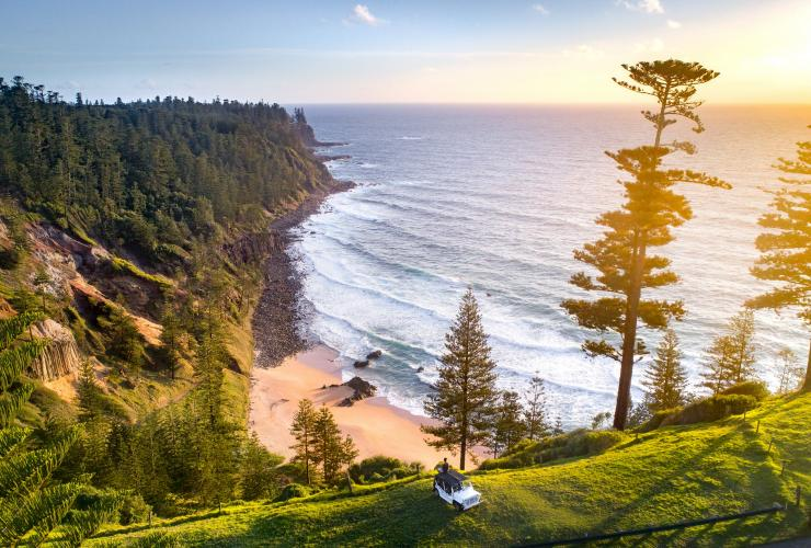 Anson Bay, Norfolk Island, NSW © Kyle Bowman
