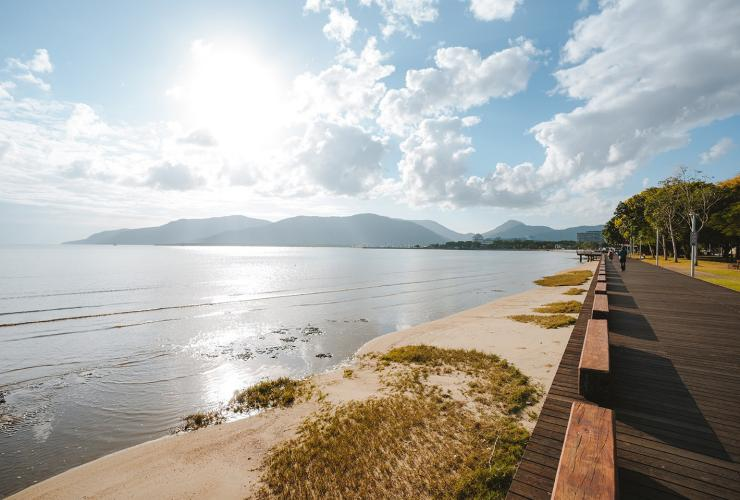Cairns Esplanade, Cairns City, QLD © Tourism and Events Queensland