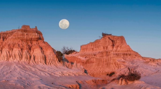 Walls of China, Mungo National Park, NSW © Destination New South Wales