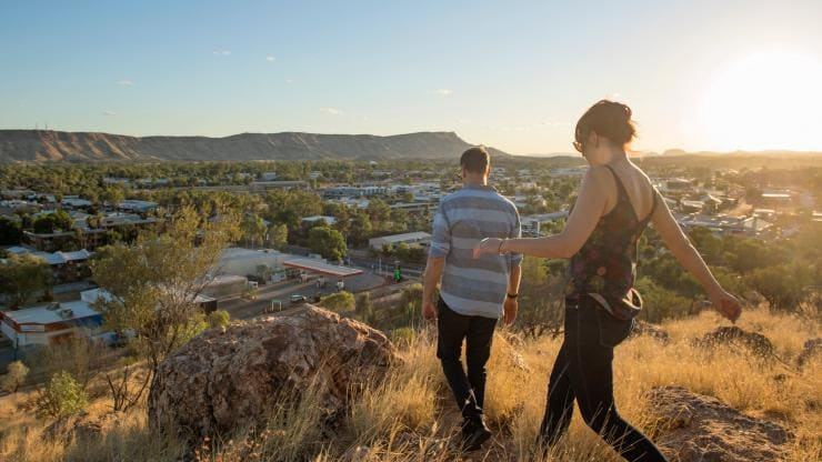 Anzac Hill, Alice Springs, NT. © Tourism NT