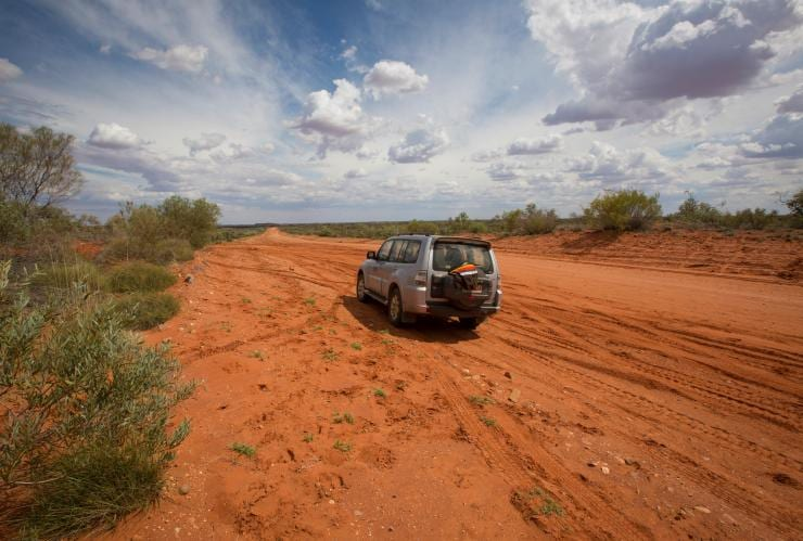Self-Drive, Alice Springs, NT © Tourism Australia