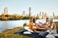 Picnic a Kangaroo Point, Brisbane, Queensland © Brisbane Marketing