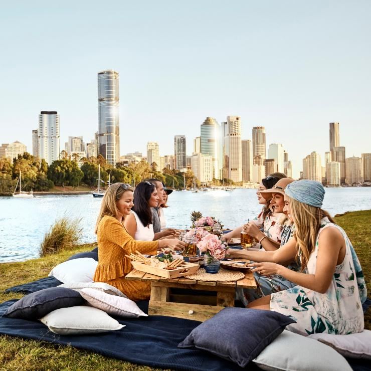 Friends having a picnic at Kangaroo Point, Queensland © Brisbane Marketing