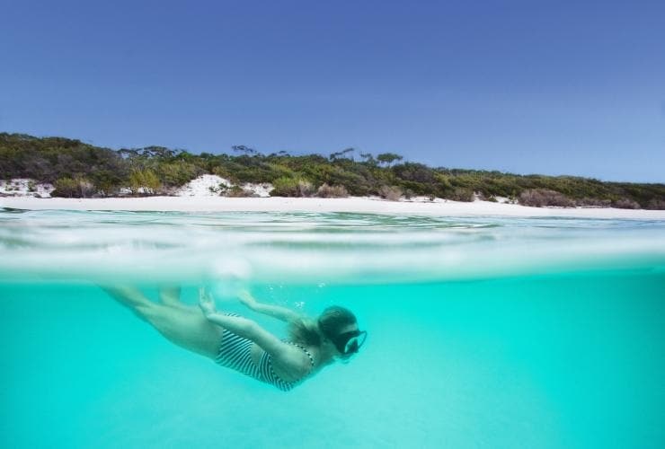 Snorkeling, Hyams Beach, Jervis Bay, New South Wales © Shoalhaven Tourism