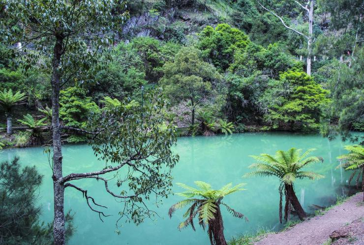 Blue Lake, Jenolan Caves, Blue Mountains, New South Wales © Destination NSW