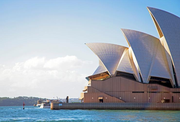 Sydney Opera House, Sydney, New South Wales © Tourism Australia