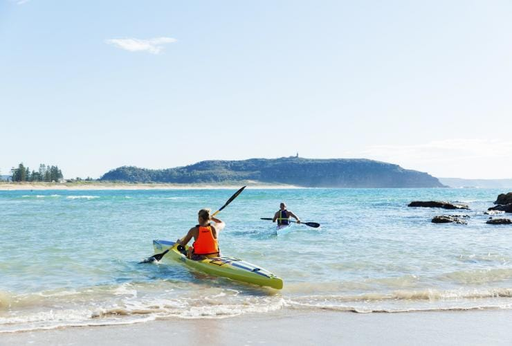 In kayak, Palm Beach, New South Wales © Destination NSW