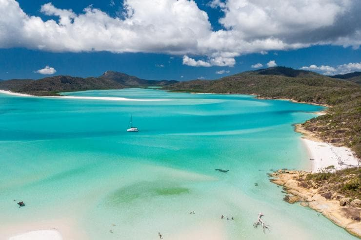 Whitehaven Beach, Isole Whitsunday, Queensland © Tourism Australia