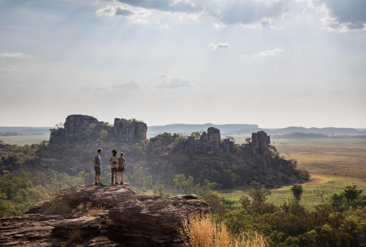Kakadu Cultural Tours, Kakadu National Park, NT © James Fisher, Tourism Australia