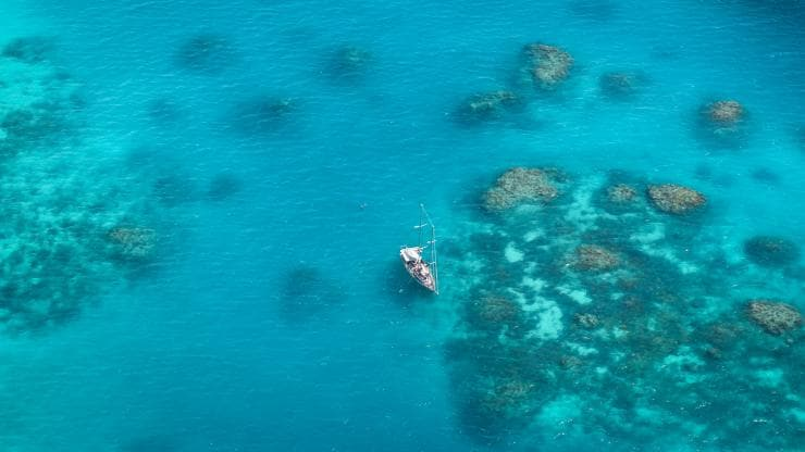 Sailing the Whitsunday Islands, Grande Barriera Corallina, Queensland © Tourism Australia
