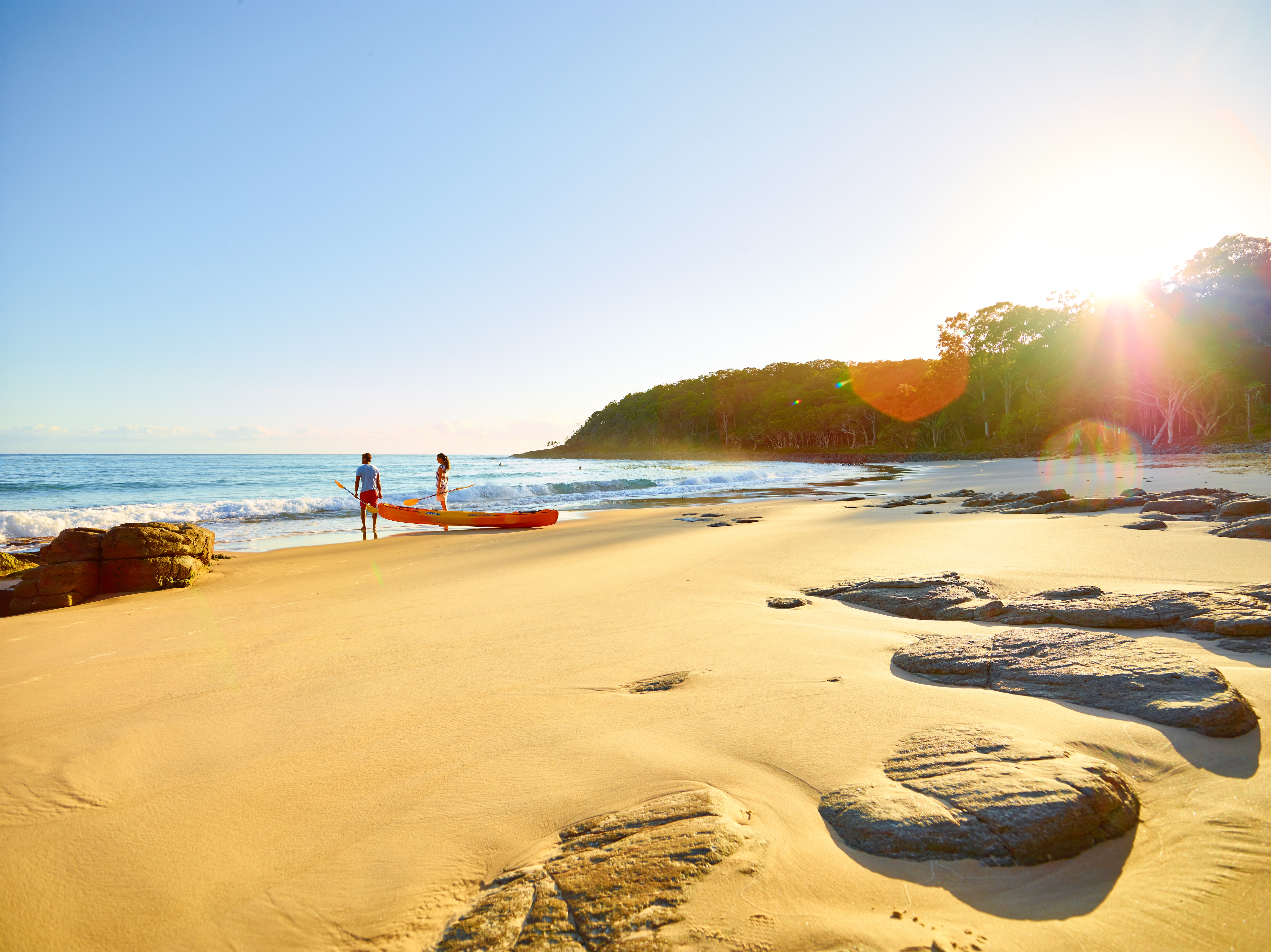 Tea Tree Bay, Noosa National Park, Noosa, QLD © Tourism Australia