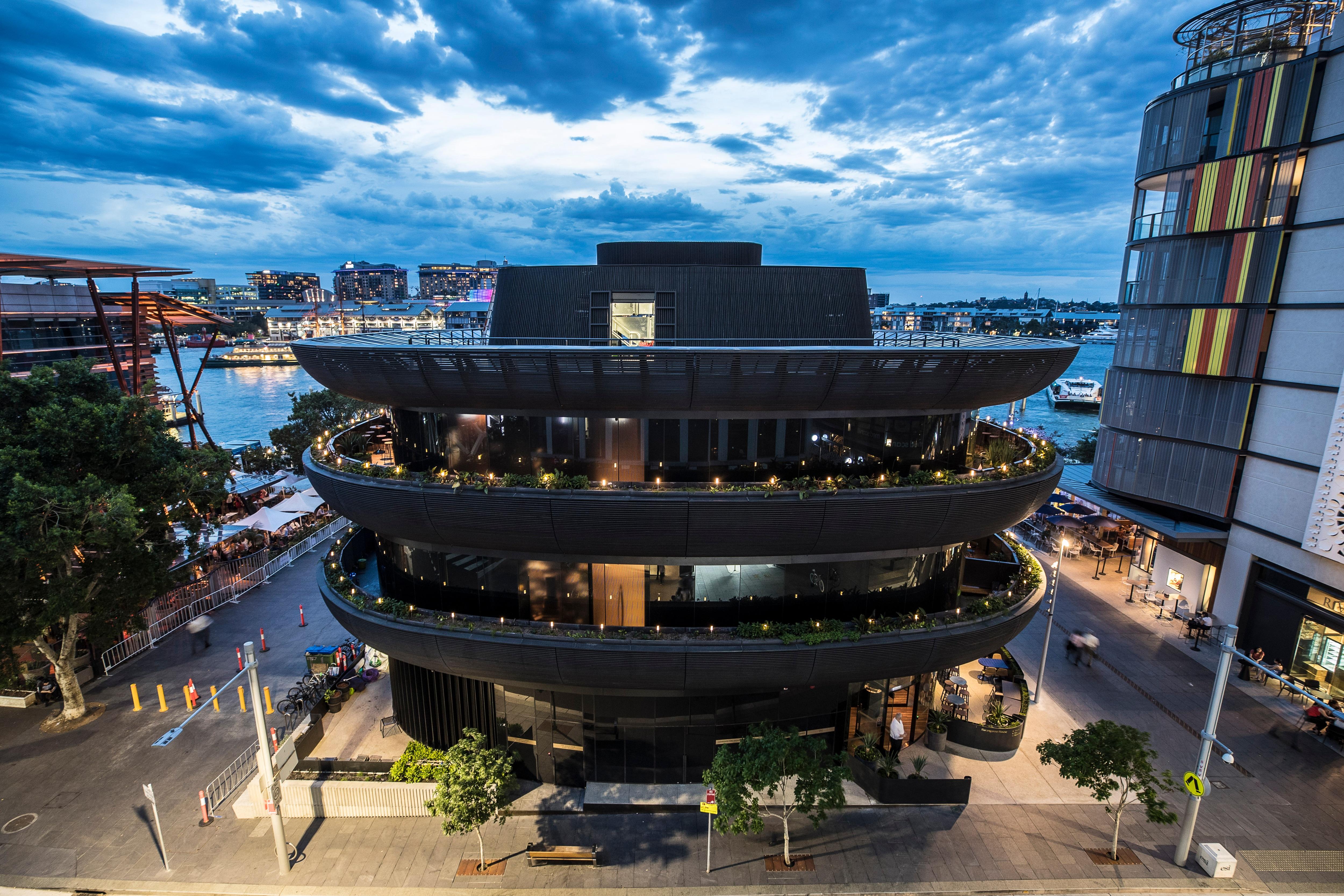 Lavorare In Australia Come Architetto i migliori rooftop bar di sydney - tourism australia